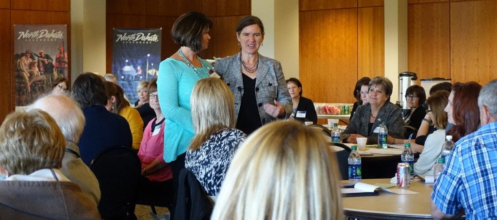 Becky McCray keynoting Big Ideas for Small Communities, in North Dakota. Photo by Glenn Muske.